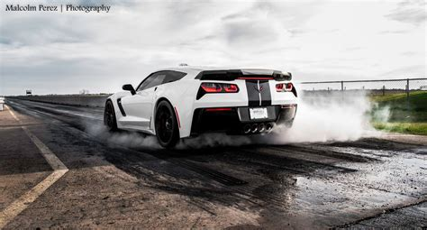 how many horsepower does a corvette zr1 vs hellcat challenger autos post