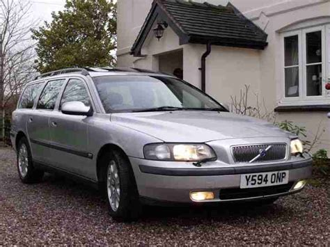 volvo v70 estate 2 4 petrol manual car for sale volvo 2001 v70 2 4 petrol cheap estate car long mot leather car for sale
