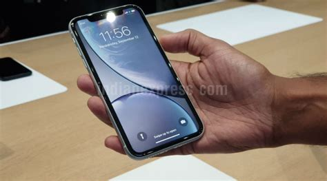 apple expanding haptic touch feature  iphone xr  ios