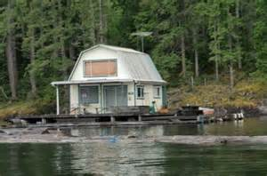 update float cabins for on powell lake bc dollar