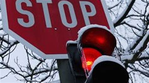 how to know if red light camera caught you cars caught on camera howstuffworks