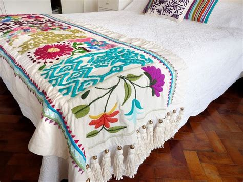 mexican embroidered bedding 428 best chales tejidos images on pinterest bedspread