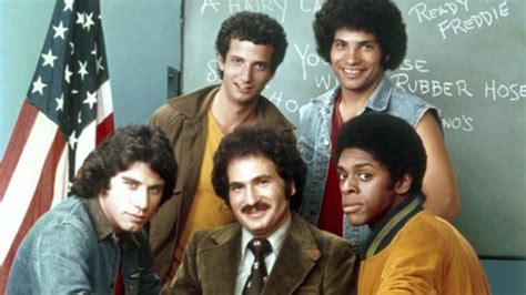 kotter tv show welcome back kotter 70s sitcom coming to antenna tv