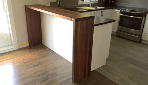 comptoir de cuisine en bois finition image sur le design