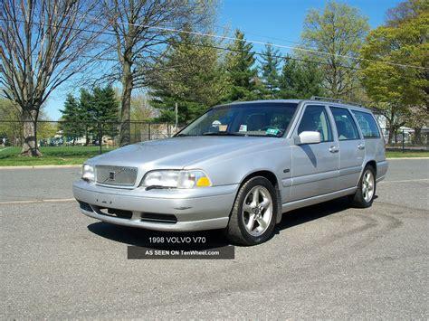 1998 volvo v70 base wagon 4 door 2 4l