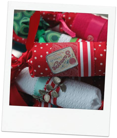 Handmade Crackers - sewing ideas the thrifty stitcher
