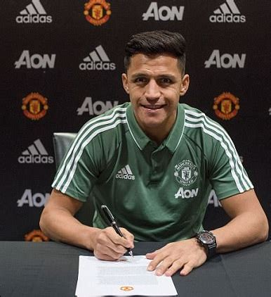 alexis sanchez weekly wage alexis sanchez weekly salary at manchester united online