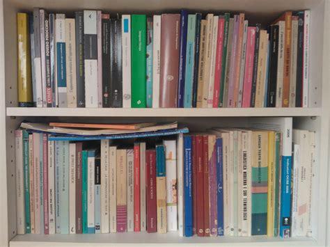 lo scaffale tre libri sulla scuola insegnare rivista centro