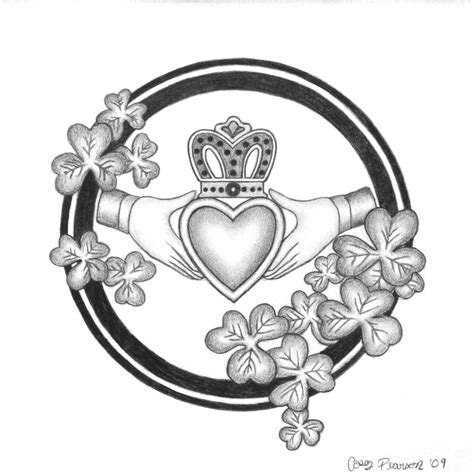 irish claddagh tattoo designs claddagh by caseypearson on deviantart