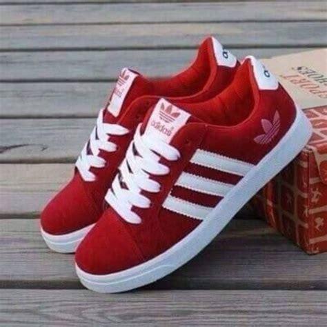 imagenes de los zapatos adidas nuevos shoes red adidas runners adidas shoes low top sneakers