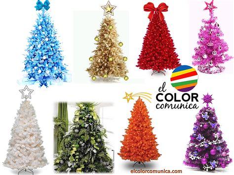 arbol d enavidad con colores naranjas el color comunica significado arbol de navidad adornos y colores