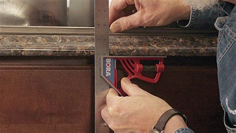 cut a laminate countertop for a sink homebuilding