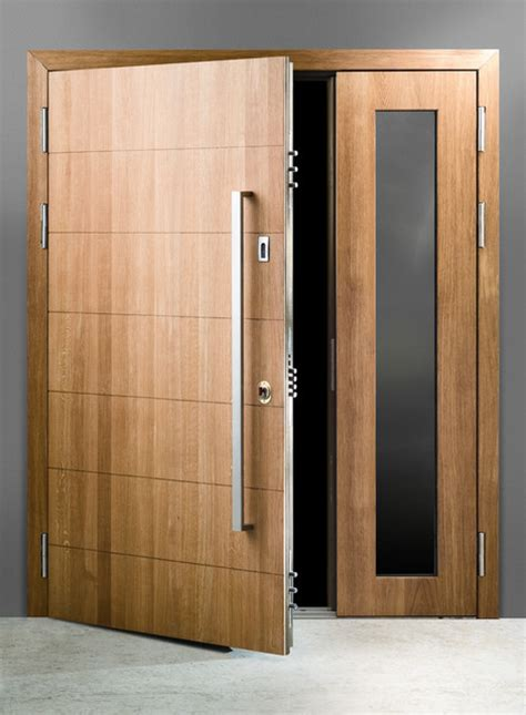 Solid Oak Exterior Door Solid Oak Finish With Ballistic Glass Contemporary Front Doors By Bulldog Protection