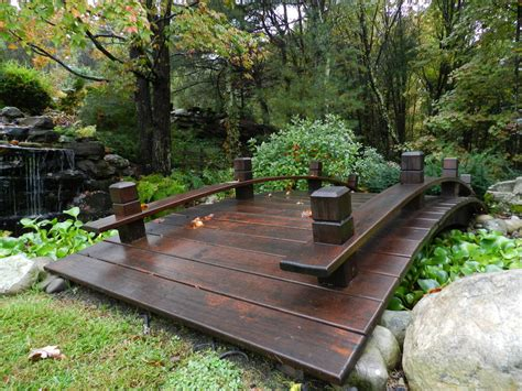 yard bridge japonisant petits ponts au jardin small garden bridges