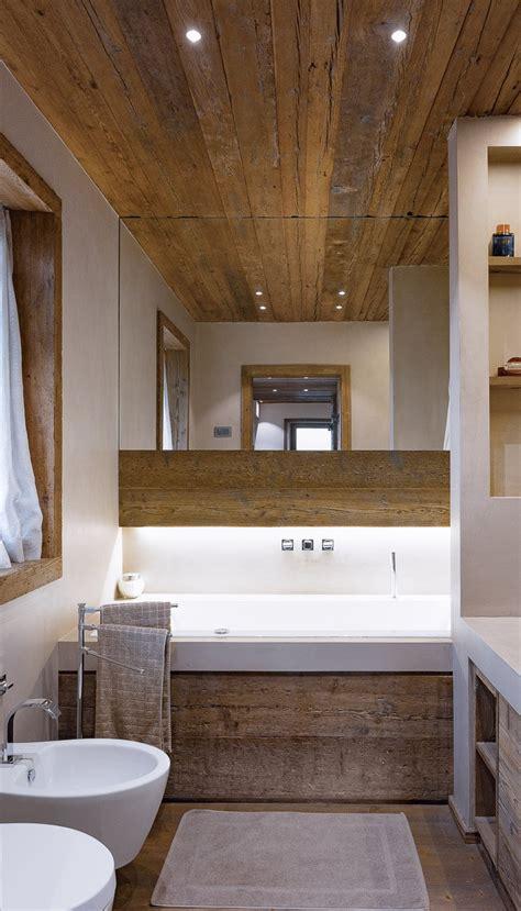lade da bagno a soffitto legno pietra e resina nello chalet contemporaneo cose
