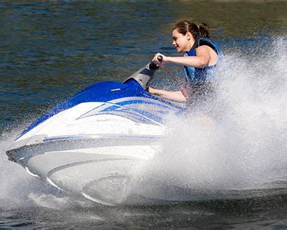 15 Menit Water Ski bali water sport di tanjung benoa
