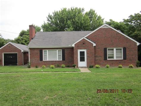 houses for sale in lynchburg va 121 beechwood drive lynchburg va 24502 foreclosed home information foreclosure