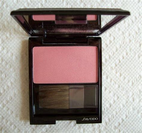 Blush On Shiseido shiseido luminizing satin color pk304 carnation