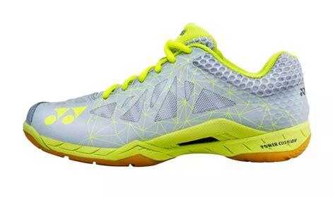 Sepatu Badminton Yonex Shb 03 Lcw shoes my badminton store