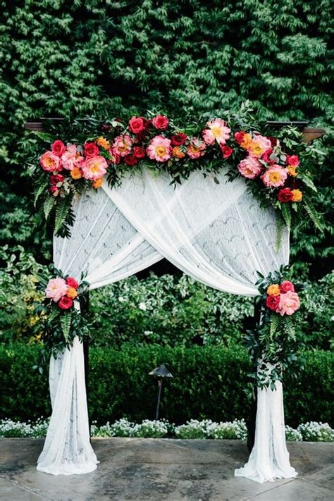 Wedding Arch Ideas Outdoor Weddings by 10 Stunning Wedding Arch Ideas For Your Ceremony