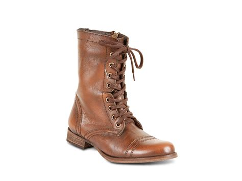 steve madden troopa lace up boots in brown