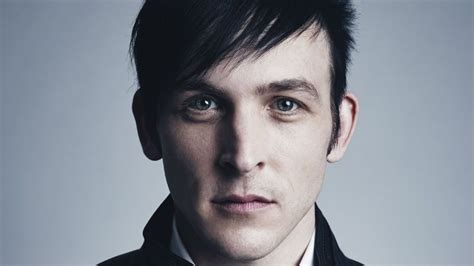 oswald cobblepot haircut how gotham s robin lord taylor is like the villainous