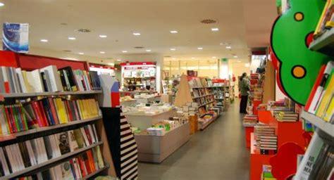 librerie conegliano librerie in cerca di 16mila per natale oggi