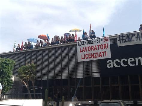 sede accenture protesta nella sede accenture quot il governo si batta per noi