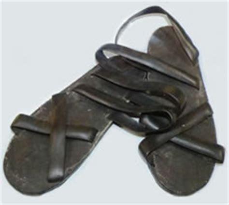 ho chi minh sandals war memorabilia