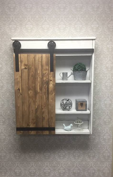traditional  rustic bathroom decor idea