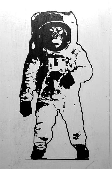 astronaut art stencil pics about monkey astronaut stencil pics about space