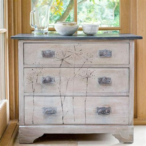 chalk paint ideas dresser sloan paint glass jars photographs