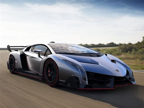 3 Of A Kind: The Lamborghini Veneno