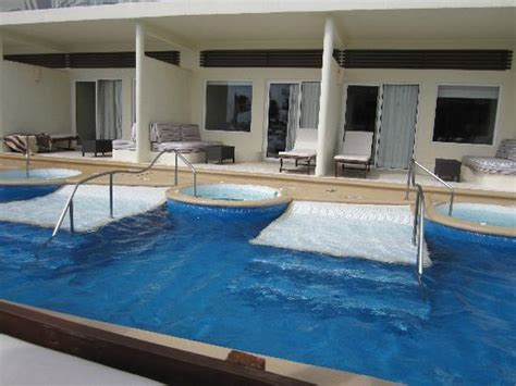 azul sensatori premium section excellent place to relax and enjoy azul sensatori hotel