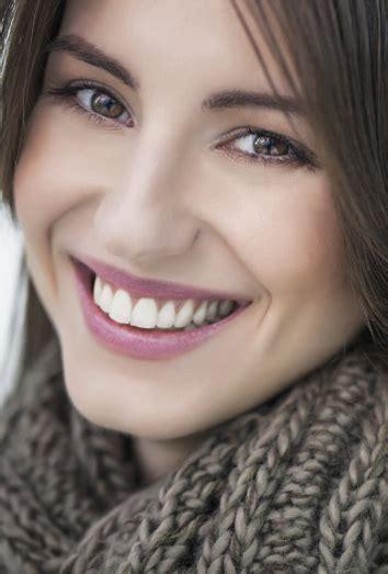imagenes de bellas sonrisas c 243 mo pintarse los labios para lucir una sonrisa bonita