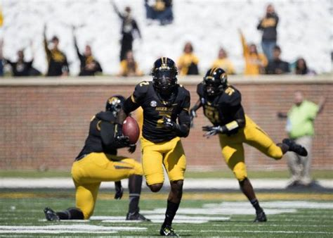 Of Central Missouri Mba Sports by Mizzou Safety Duron Singleton Likes To Be Where The