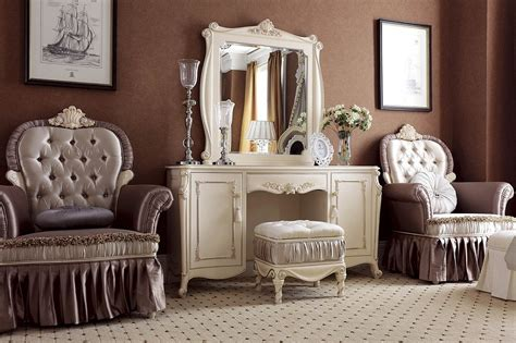bedroom sets with mirrors bedroom sets with mirrors collection big mirror for kelli