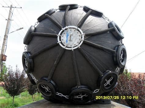 nautical rubber sts pneumatic rubber fenders marine rubber fender rubber