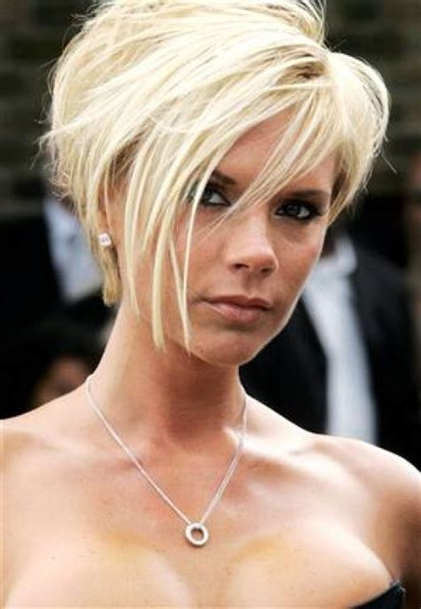 short and blonde thats what i need haircut and color front view of stacked bob haircuts hairstylegalleries com