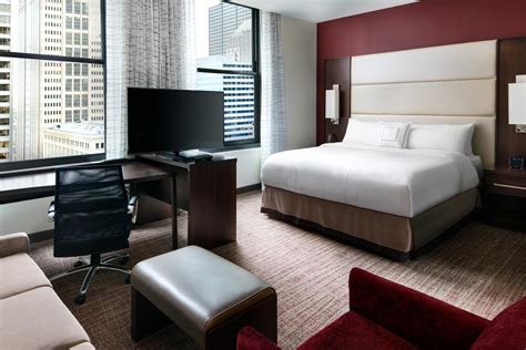 cheap hotels  chicago  union station deals