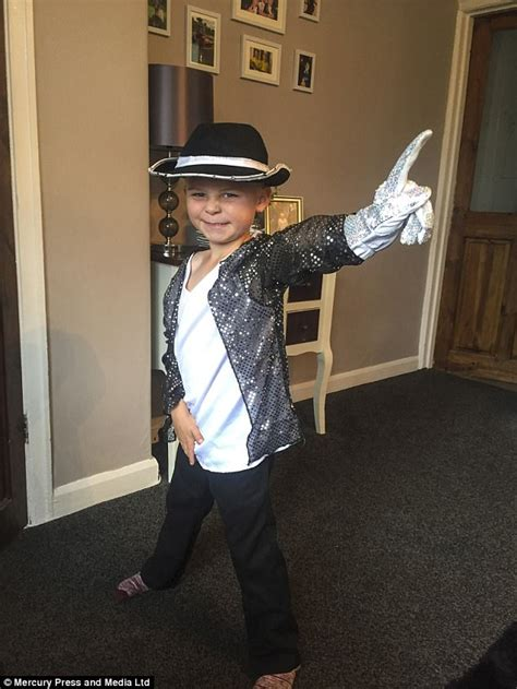Worst Dressed Of The Day Michael Jackson by Michael Jackson S Youngest Fan Dresses Like Him Every Day