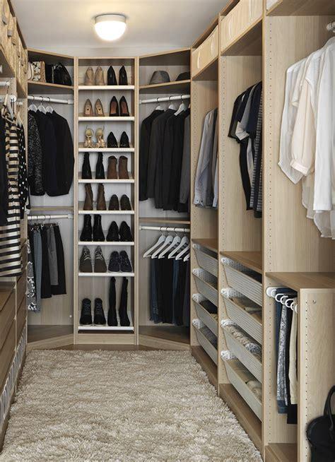 vestidor sin paredes curso convierte espacios di 225 fanos en zonas ordenadas ikea