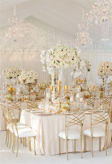 Elegant All White Country Club Wedding with Natural