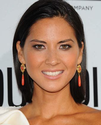 medium length hair behind ears olivia munn s slicked back shoulder length hair