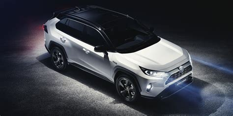2019 Rav4 Release Date by 2019 Toyota Rav4 Price Specs And Release Date Carwow