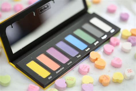d pastel eyeshadow palette nail that accent