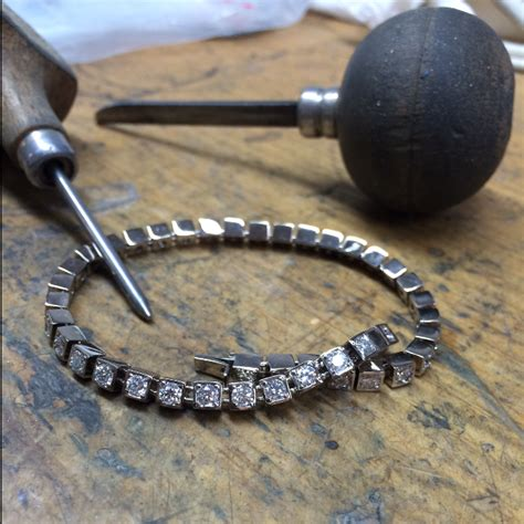 Handmade Jewellery Melbourne - xristo jeweller bespoke handmade jewellery melbourne