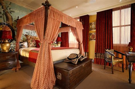 buckingham palace bedrooms the best luxury hotels in london part 1 lux adventure travel