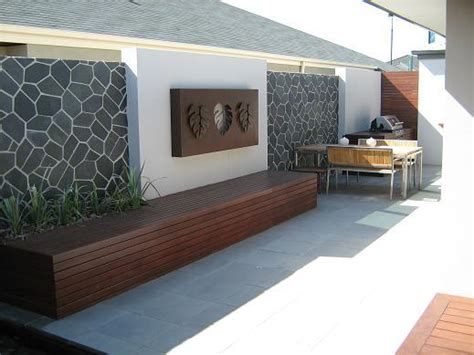 Outdoor Living Design Ideas Get Inspired By Photos Of Garden Feature Wall Designs
