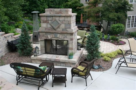 Outdoor Two Sided Fireplace by Sided Outdoor Fireplace Rustic Milwaukee By